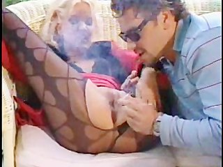 Hot couple smoking sex