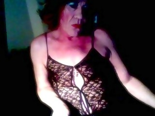 older  crossdresser licking solo