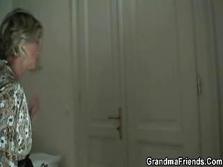 hey guyswho wills to taste my granny pussy?