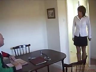inexperienced woman cheating on her dude