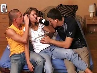 drunken15fulldrunkencrazygroupsexwihtegirlavi