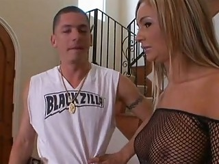 busty sexpot amy reid plays  these fuckpiece with