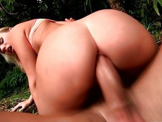 passionate blond whore jerks off soldiers dick