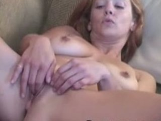 slutty lady gabriella fisting her kitty