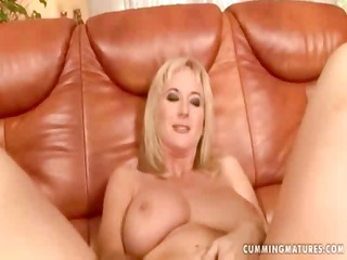 cumming cougar monik