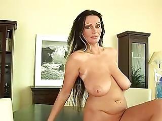 grownup prettie pandora plastic cocks her pussy