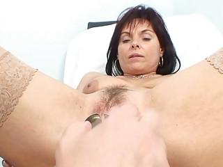classy mature babe amp obtains her granny vagina