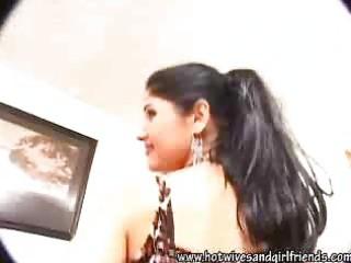 extremely impressive pakistani maiden paroo