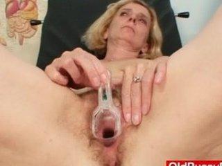 shaggy cave babe taylor embarrassing nurse exam